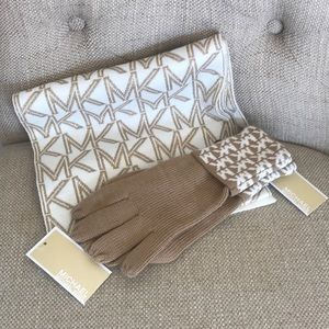 Michael Kors gloves and scarf!